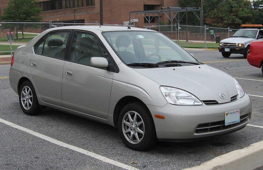 1200px-1st-Toyota-Prius